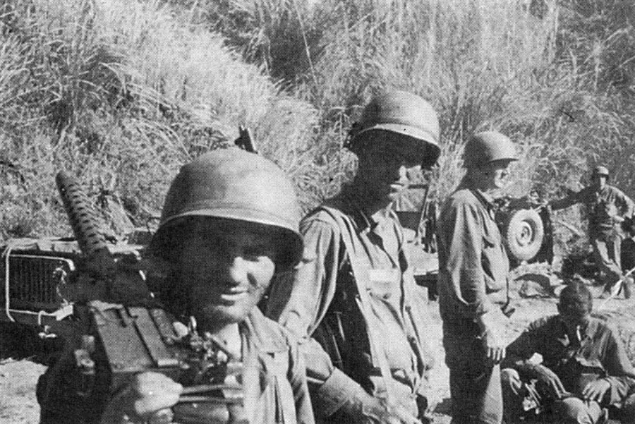 Luzon - The 32D 'Red Arrow' Infantry Division in WWII